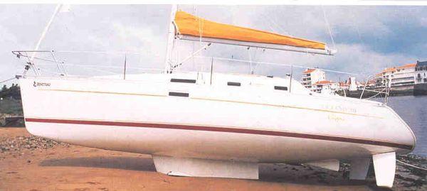 2004 beneteau swing keel 311  8 2004 Beneteau Swing Keel 311