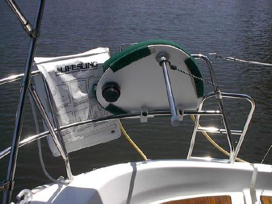 2004 beneteau usa 311  10 2004 Beneteau USA 311