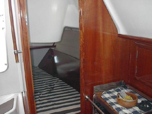 2004 beneteau usa 311  20 2004 Beneteau USA 311