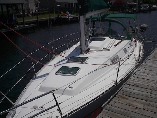 2004 beneteau usa 311  4 2004 Beneteau USA 311