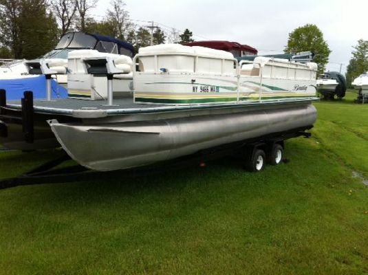 Bentley 24 2004 All Boats
