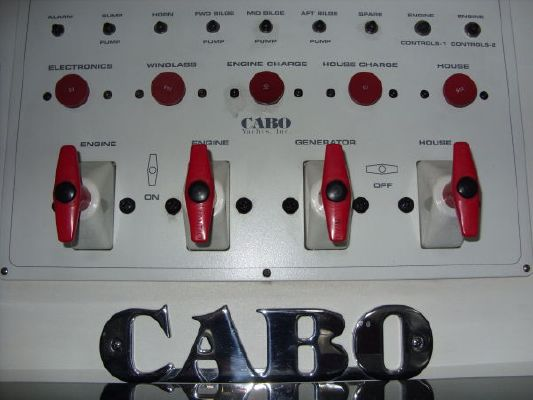 2004 cabo express sportfish  33 2004 Cabo Express Sportfish