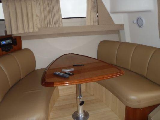 Carver 36 Mariner 2004 Carver Boats for Sale