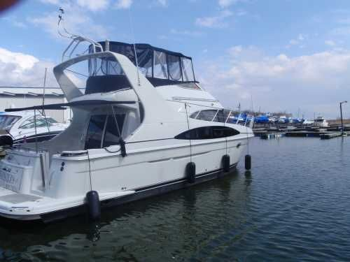 Carver 420 Mariner 2004 Carver Boats for Sale