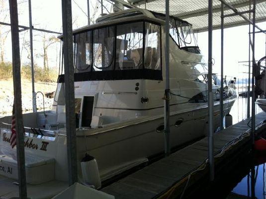Carver 444 Cockpit Motor Yacht / Carver 444 CMY / Extended Salon 2004 Carver Boats for Sale