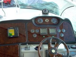 Cruisers 400 Express Diesel 2004 Cruisers yachts for Sale