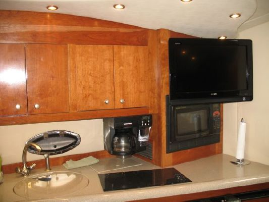 Cruisers Yachts 40,2 Heads, Express, Hardtop 2004 Cruisers yachts for Sale