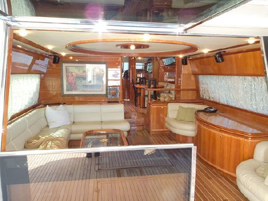 Ferretti Flybridge Motoryacht 2004 Flybridge Boats for Sale
