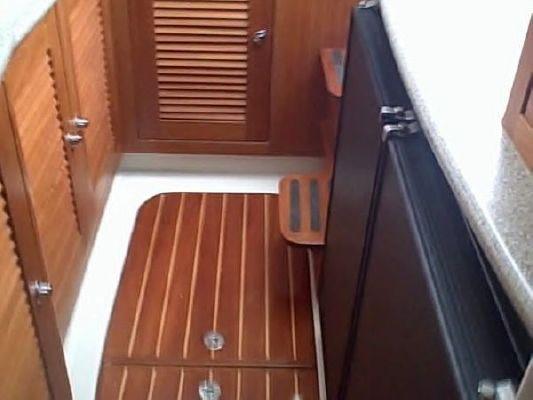 Glacier Bay 3470 Ocean Runner 2004 Glacier Boats for Sale