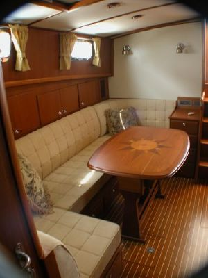 Grand Banks Eastbay HX/trades considered/make offer 2004 Grand Banks Yachts
