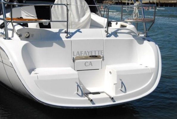 Hunter 36 Beautiful and Priced to Move!! 2004 All Boats