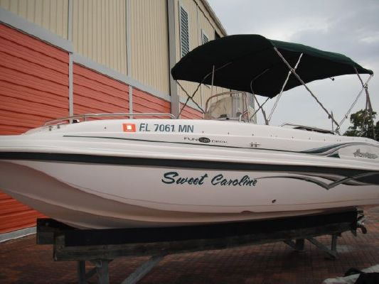 Hurricane FunDeck GS 211 OB 2004 All Boats