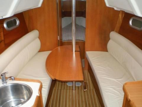 Jeanneau SUN ODYSSEY LEGEND 2004 Jeanneau Boats for Sale