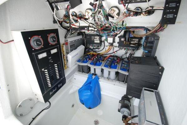 Joker Marine/ Fiberglass Specialists Custom Center Console 2004 All Boats