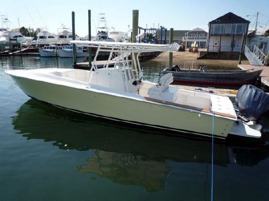 2004 Jupiter 31 CC Cuddy Boats Yachts for sale