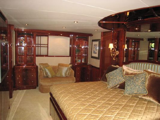 Lazzara Motoryacht Raised Pilothouse (Hull #5) 2004 Pilothouse Boats for Sale Sailboats for Sale