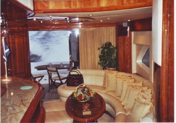 Majesty Yachts 66 2004 Motor Boats