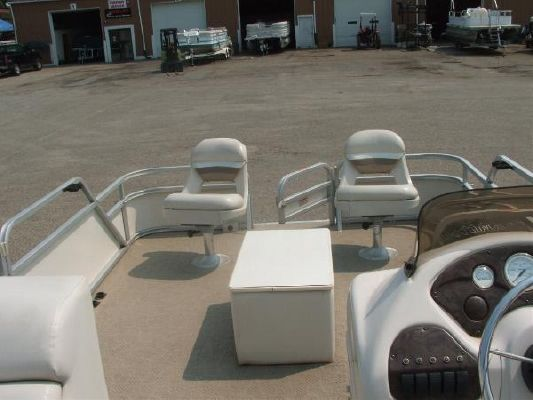 Manitou Pontoons Ospray 22 Fish 2004 Pontoon Boats for Sale