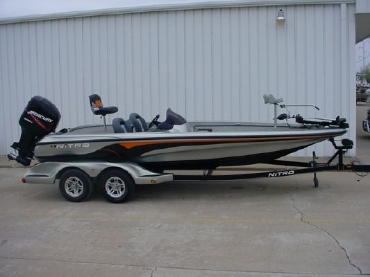 Nitro 929 CDX SC 2004 Nitro Boats for Sale