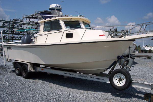 Boats for Sale & Yachts Parker 2520 Deep Vee Sport Cabin 2004 Motor Boats