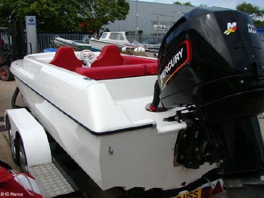 2004 phantom 21 sports boat  10 2004 Phantom 21 Sports Boat   SOLD OUT