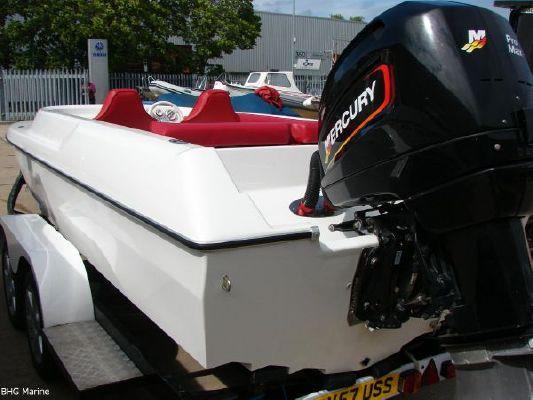 2004 phantom 21 sports boat  28 2004 Phantom 21 Sports Boat   SOLD OUT