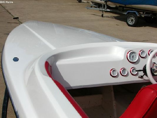 2004 phantom 21 sports boat  32 2004 Phantom 21 Sports Boat   SOLD OUT