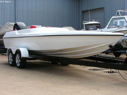 2004 phantom 21 sports boat  6 2004 Phantom 21 Sports Boat   SOLD OUT