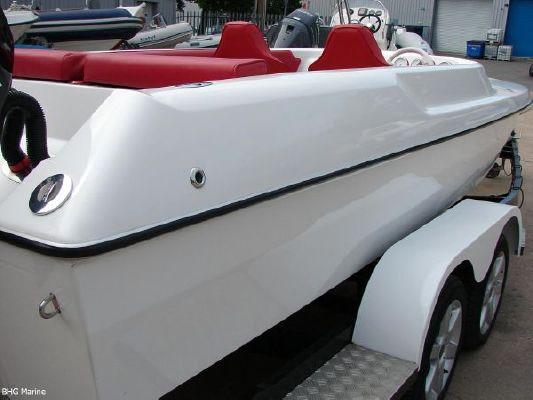 2004 phantom 21 sports boat  7 2004 Phantom 21 Sports Boat   SOLD OUT