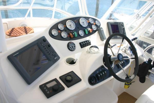 2004 riviera 40 flybridge  8 2004 Riviera 40 Flybridge