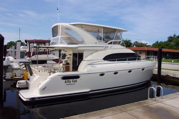 2004 robertson caine lion 46 power catamaran  32 2004 Robertson & Caine Lion 46 Power Catamaran