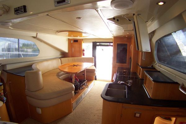2004 robertson caine lion 46 power catamaran  7 2004 Robertson & Caine Lion 46 Power Catamaran