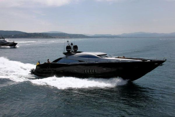Sunseeker Predator 100 2004 Motor Boats Sunseeker Yachts