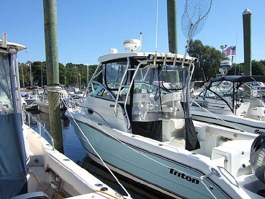 Triton 269 Walk Around 2004 Triton Boats for Sale