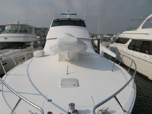 2004 viking 61 enclosed flybridge  10 2004 Viking 61* Enclosed Flybridge