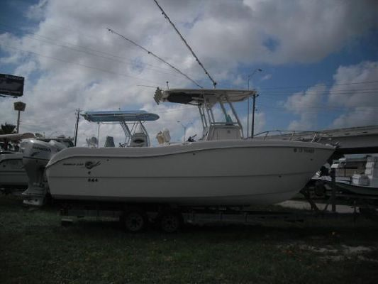 World Cat 250SF 2004 World Cat Boats for Sale