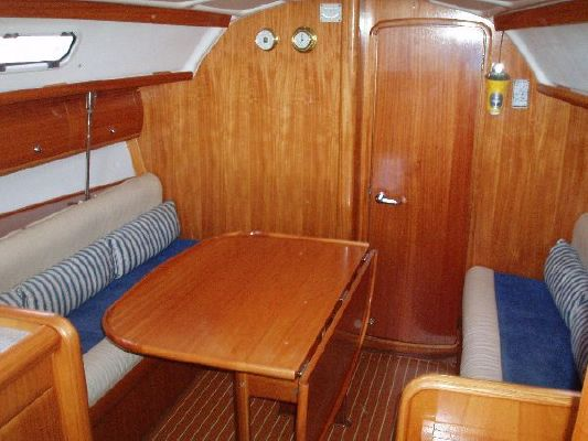 Bavaria Cruiser 32 2005 All Boats