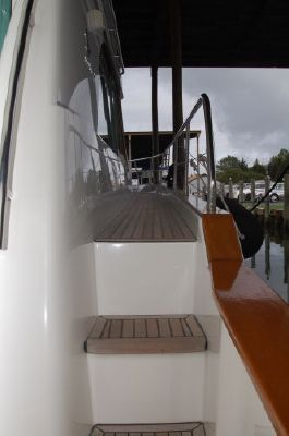 2005 beneteau 138m fly bridge  12 2005 Beneteau 13.8M fly bridge