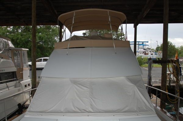 2005 beneteau 138m fly bridge  16 2005 Beneteau 13.8M fly bridge