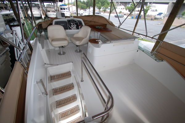 2005 beneteau 138m fly bridge  20 2005 Beneteau 13.8M fly bridge