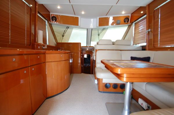 2005 beneteau 138m fly bridge  4 2005 Beneteau 13.8M fly bridge