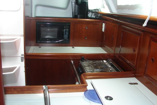 Boats for Sale & Yachts Beneteau 331 (2'11 to 6'11 draft) 2005 Beneteau Boats for Sale