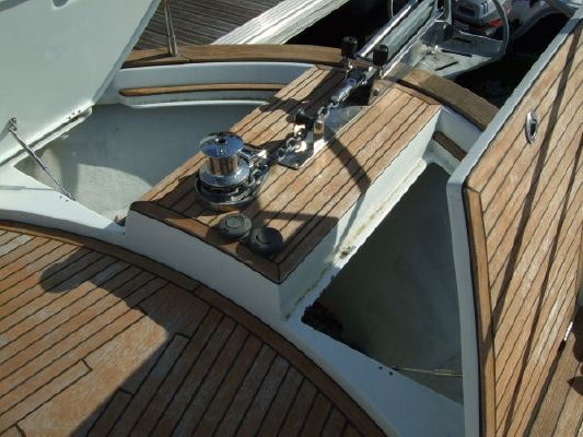 Beneteau Antares 13.80 Flybridge Motor Cruiser 2005 Beneteau Boats for Sale Flybridge Boats for Sale Sailboats for Sale