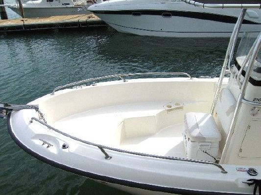 2005 Boston Whaler 210 Outrage Boats Yachts For Sale