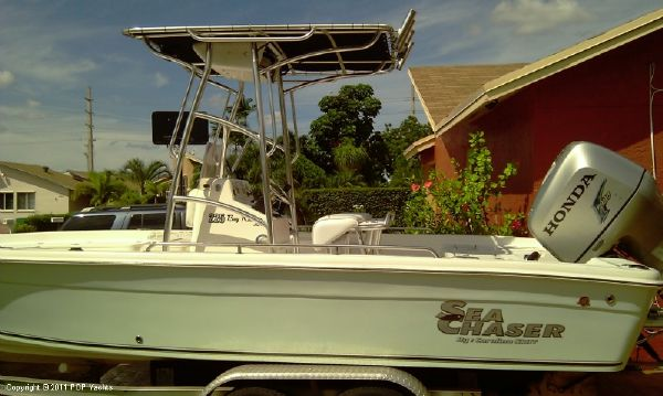 Carolina Skiff 225LX Seachaser 2005 Skiff Boats for Sale