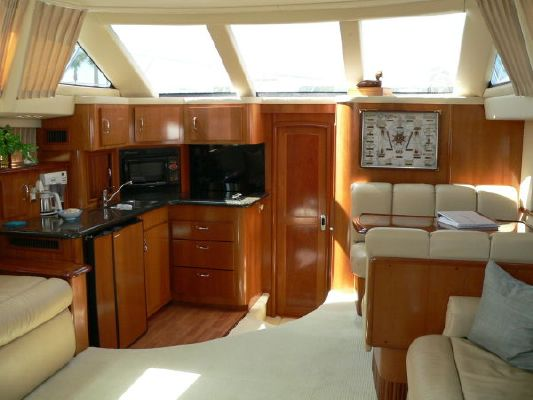 Carver 396 Extended Saloon 2005 Carver Boats for Sale