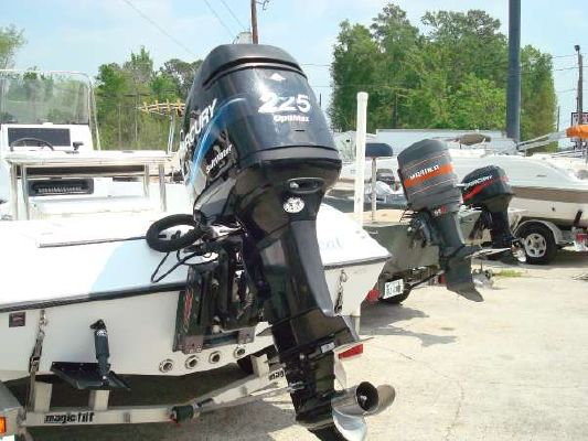 CHAMPION BOATS CHAMPION 22 BAY 2005 Fishing Boats for Sale