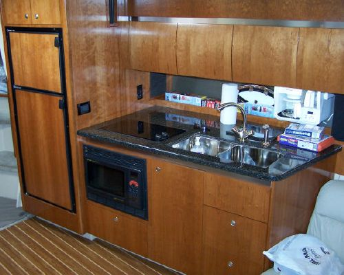 Cruisers 400 Express Volvo D6 2005 Cruisers yachts for Sale