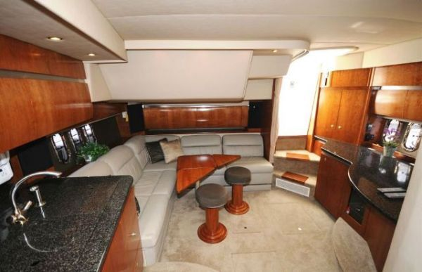 Cruisers Express 2005 Cruisers yachts for Sale