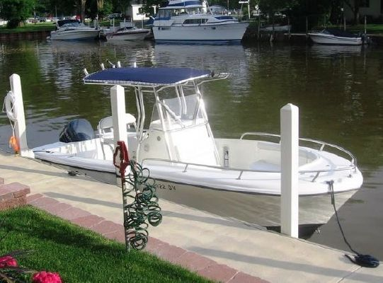 Edgewater 225CC 2005 All Boats